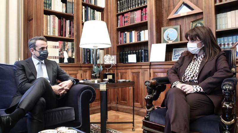 Κ. Μητσοτάκης: Εσπασε το πέπλο σιωπής-Κ. Σακελλαροπούλου: Να αποδοθεί Δικαιοσύνη