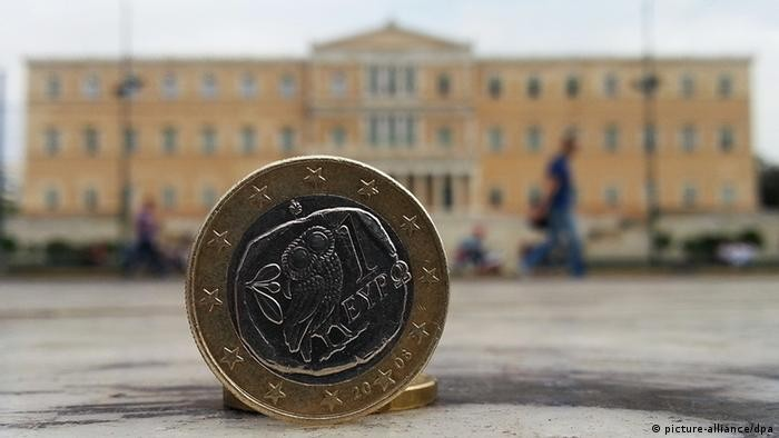 Handelsblatt: Σβήνουν οι ελπίδες για ανάκαμψη στην Ελλάδα
