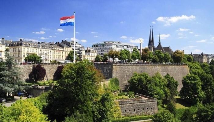 Le Monde: «Φορολογικός παράδεισος» το Λουξεμβούργο