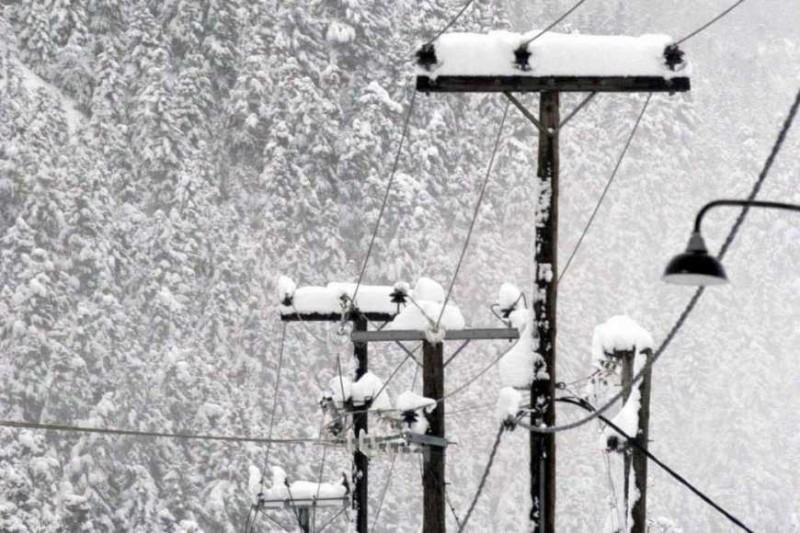 ΑΔΜΗΕ: Βλάβη στο σύστημα υψηλής τάσης στη Βόρεια Εύβοια