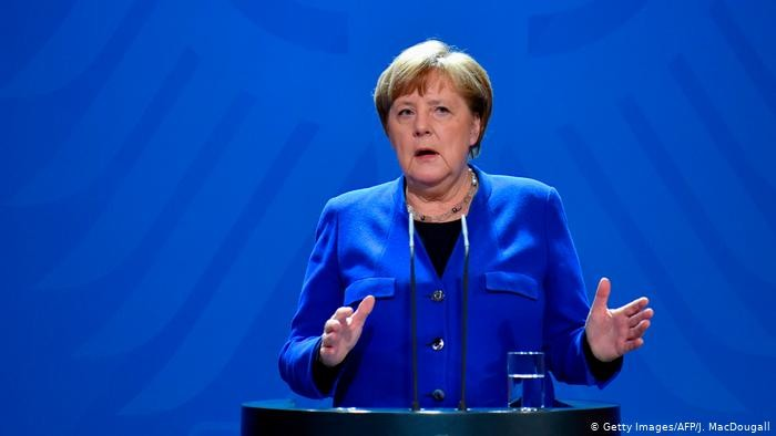 Α. Μέρκελ: Δύσκολες οι στιγμές με την πανδημία, καμία χαλάρωση μέτρων