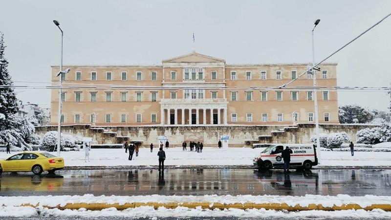 ΕΜΥ: Επί 24 ώρες χιόνιζε στο κέντρο της Αθήνας