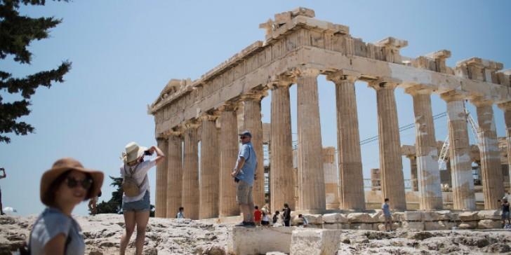Κυρ. Μητσοτάκης στην «SZ»: Η φετινή τουριστική σεζόν θα είναι πολύ καλύτερη