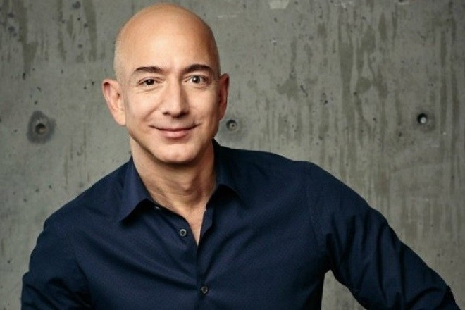 Εκτός Amazon μετά από 25 χρόνια ο Τζέφ Μπέζος