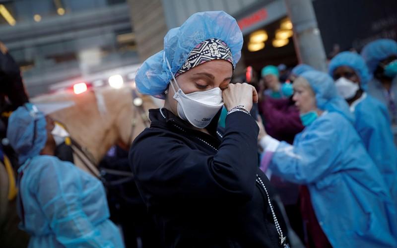 Πανδημία: Πάνω από 2,4 εκατ. οι θάνατοι παγκοσμίως-Οι ΗΠΑ πιο πληγείσα χώρα