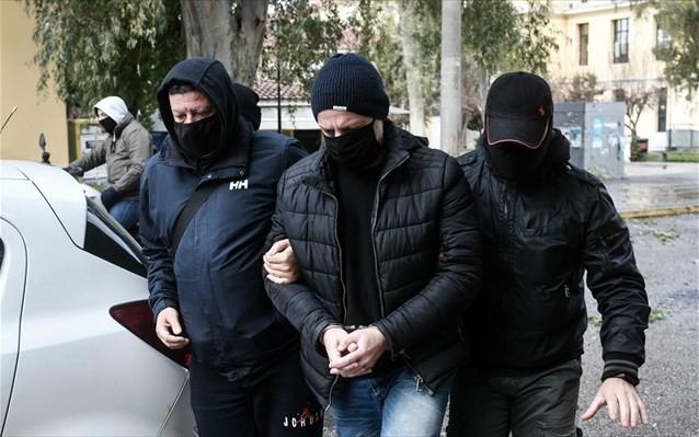 Στην Ευελπίδων ο Δημήτρης Λιγνάδης για βιασμούς κατά συρροή