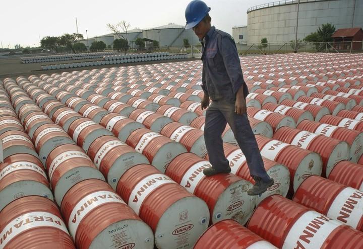 Πετρέλαιο: Ανοδικές τάσεις, πάνω από τα 65 δολάρια το μπρεντ