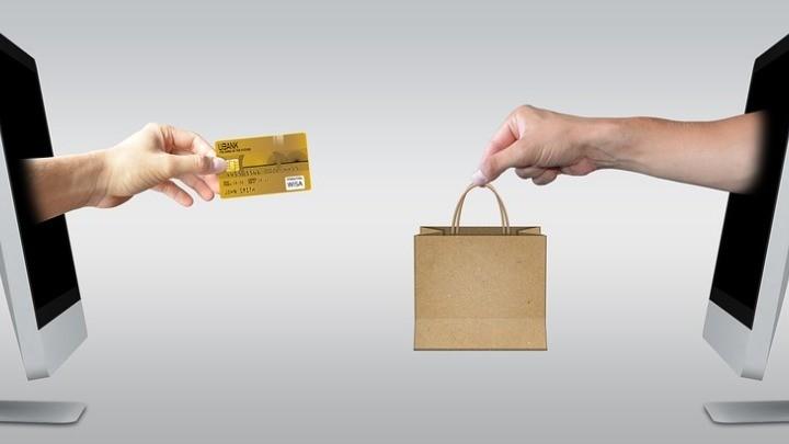 Αύξηση πωλήσεων 262% στα ηλεκτρονικά σούπερ μάρκετ το 2020