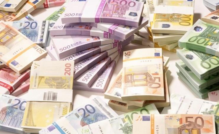 Τράπεζες: Επιταχύνθηκε ο ρυθμός αύξησης των καταθέσεων τον Ιανουάριο