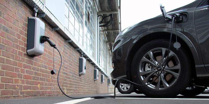 Ford: Στροφή στα ηλεκτρικά Ι.Χ. με επένδυση 1 δισ. δολ. στην Κολωνία