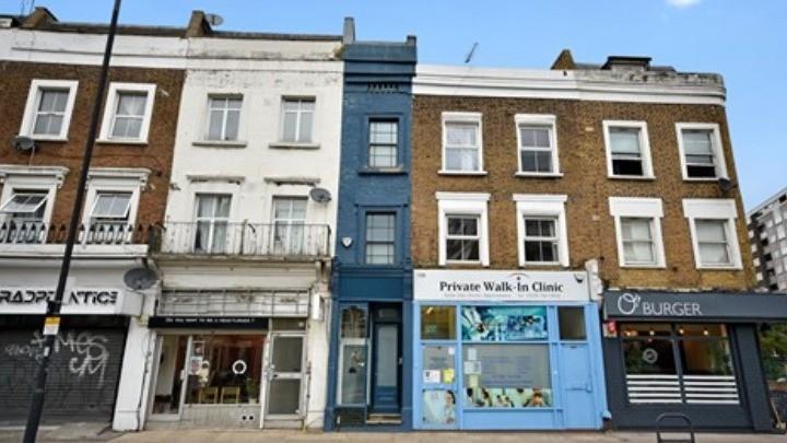 Το στενότερο σπίτι του Λονδίνου πωλείται €1,1 εκατ.