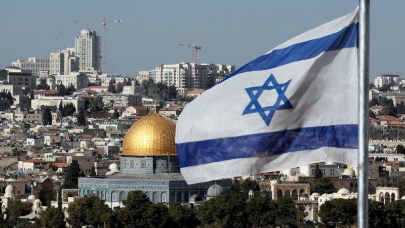 Το Ισραήλ έχει πλέον εμβολιάσει το 50% του πληθυσμού