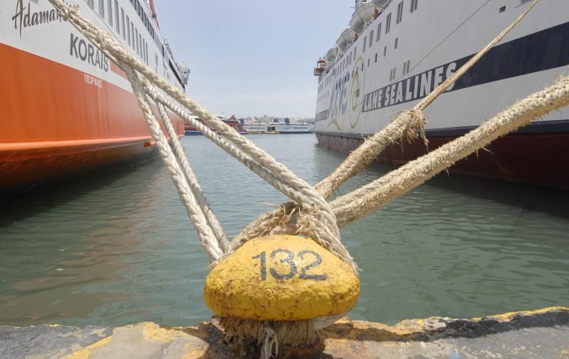 Δεμένα τα πλοία 23-24 Φεβρουαρίου λόγω απεργίας της ΠΕΝΕΝ