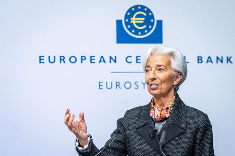 Ευρωβουλευτές προς Λαγκάρντ: Αναλάβετε δράση για την επικείμενη ύφεση