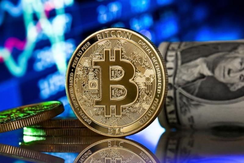 Ιστορικό υψηλό: Στα 48.216 δολ. εκτινάχθηκε η τιμή του bitcoin  στην Ασία