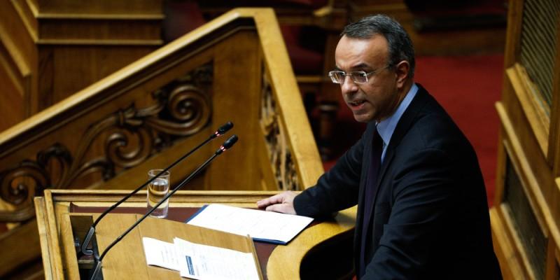 Βουλή: Επιφυλάξεις και ενστάσεις στη διερεύνηση του τρόπου αντιμετώπισης των κόκκινων δανείων