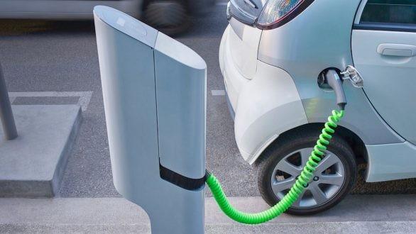 LEROY MERLIN - ΗΡΩΝ: Συνεργασία στην ηλεκτροκίνηση οχημάτων