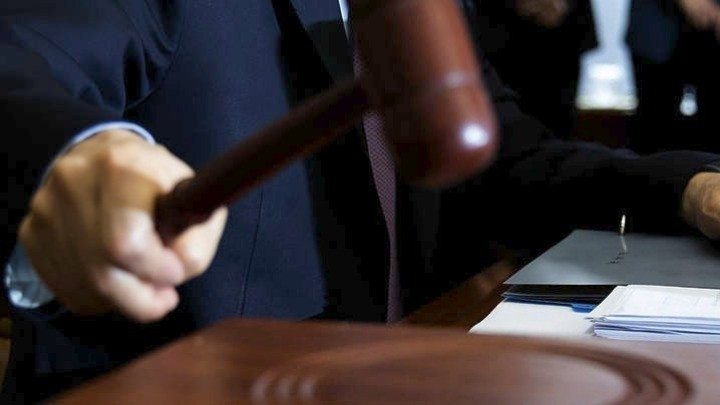 Συνταγματικό το άρθρο 405 για την απιστία των τραπεζικών στελεχών