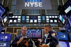 Wall Street: Πτωτικά κινούνται οι δείκτες παρά τα θετικά στοιχεία για τις λιανικές πωλήσεις