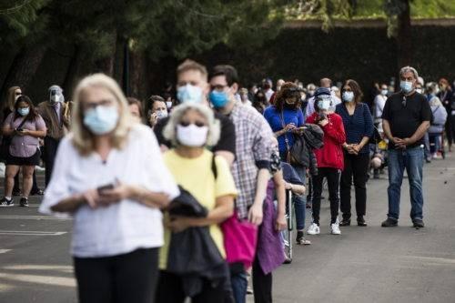 Ανατολική Ευρώπη: Πάνω από 10 εκατ. πλέον τα κρούσματα κορωνοϊού
