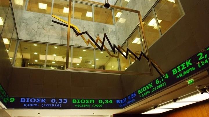 ΧΑ: Ζυγίζουν τις επιλογές τους οι επενδυτές