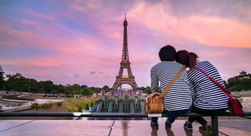 Παρίσι: Απώλεια τουριστικών εσόδων 15,5 δισ. ευρώ το 2020