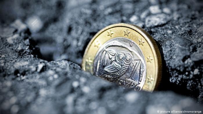 «Handelsblatt»: Σε δεινή θέση η ελληνική οικονομία