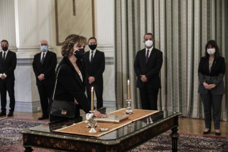 ΤτΕ: Ορκίστηκε η υποδιοικήτρια Χρ. Παπακωνσταντίνου