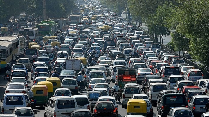 Στροφή των Ελλήνων στα αυτοκίνητα πόλης