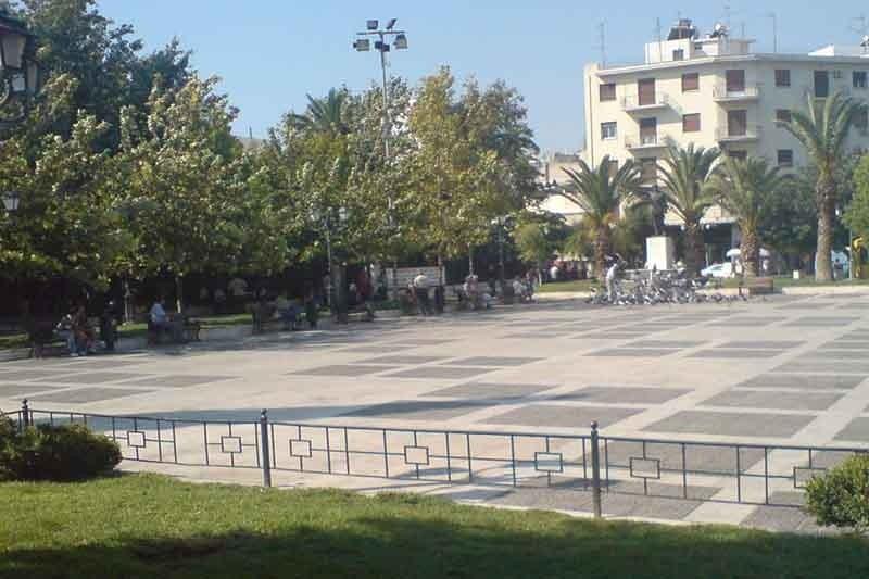 Αναβαθμίζεται η πλατεία Δαβάκη στην Καλλιθέα