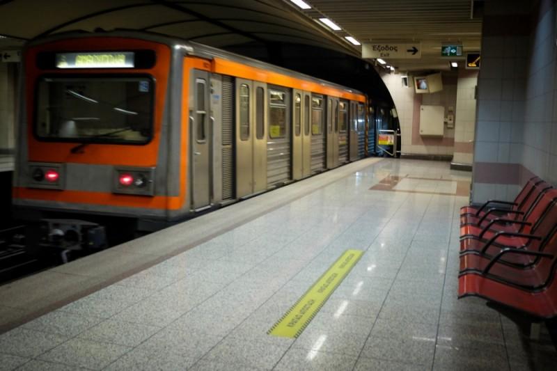 Μετρό: Κλείνει και ο σταθμός «Σύνταγμα» στις 16.30