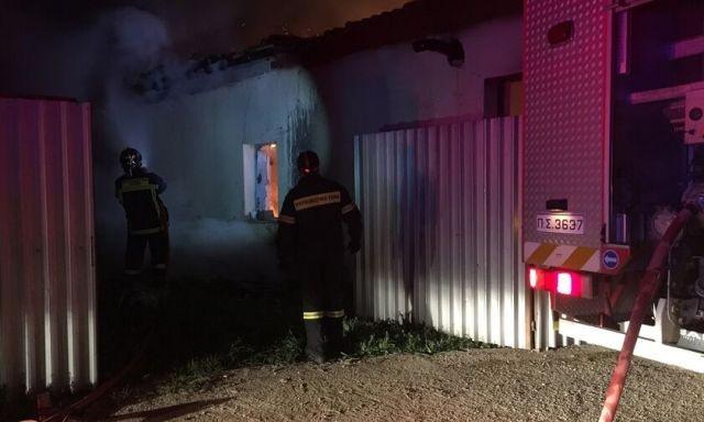 Θεσ/νίκη: 3 νεκροί από πυρκαγιά σε εγκαταλειμμένο κτίριο