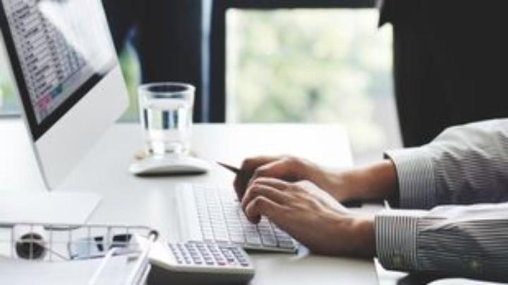Kaspersky: Σχεδόν 1/4 επιτρέπει πρόσβαση σε μικρόφωνα ή κάμερες
