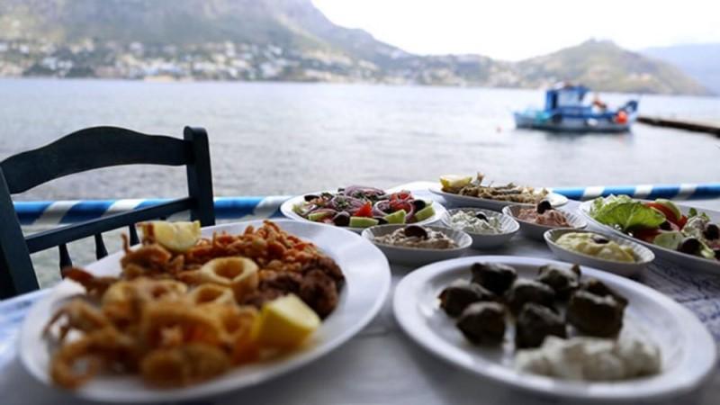 Η βρετανική αγορά επιμηκύνει τη σεζόν στον ελληνικό τουρισμό