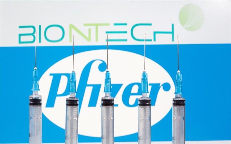 Pfizer και BioNTech μπορούν να αυξήσουν την παραγωγή σε 3 δισ. δόσεις