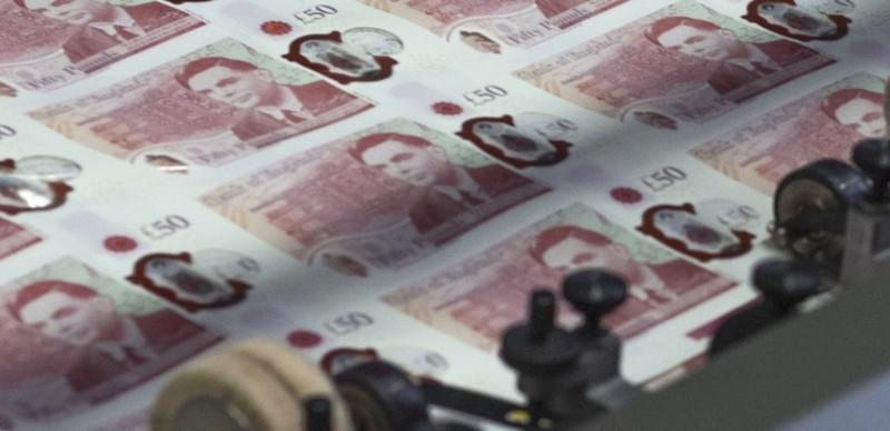 Νέο χαρτονόμισμα των 50 λιρών στη Βρετανία