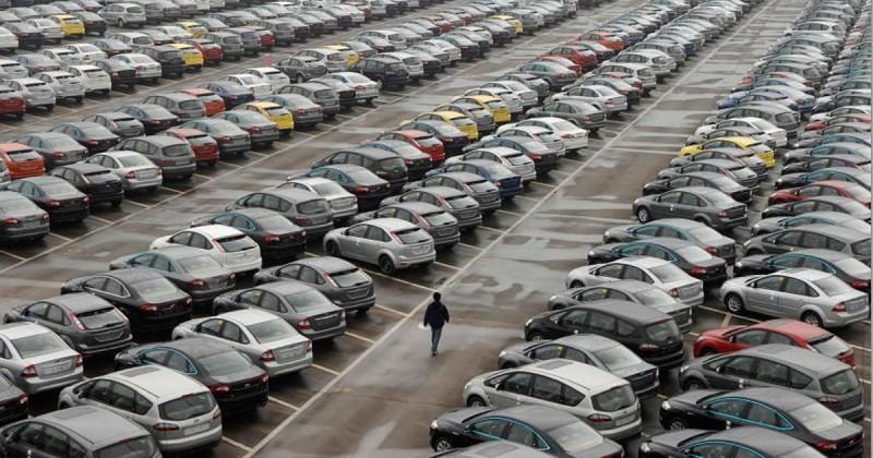 «Φρένο» 15,3% το 2020 στις πωλήσεις αυτοκινήτων παγκοσμίως
