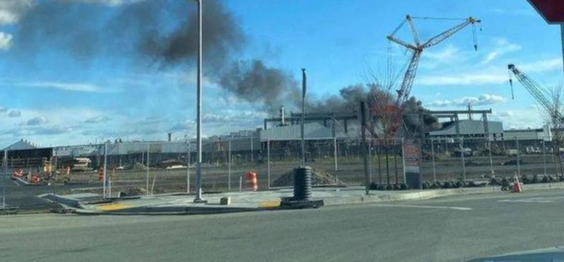 Πυρκαγιά σε εργοστάσιο της Tesla στο Φρίμοντ