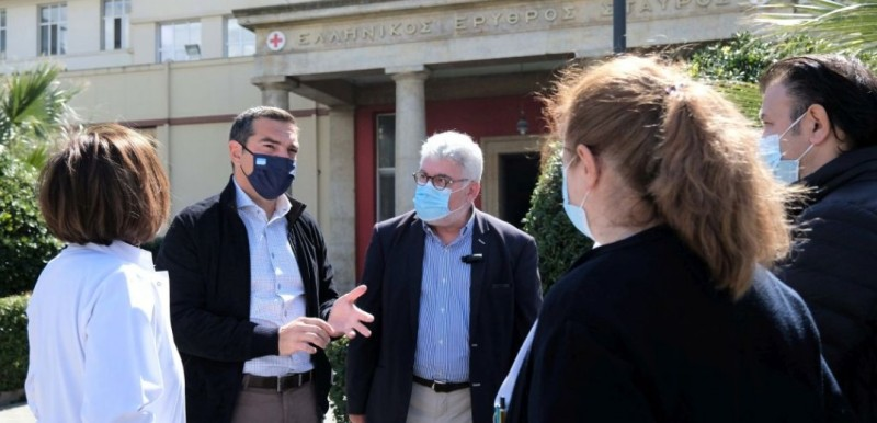 Α. Τσίπρας: Κατάσταση πολέμου στα νοσοκομεία
