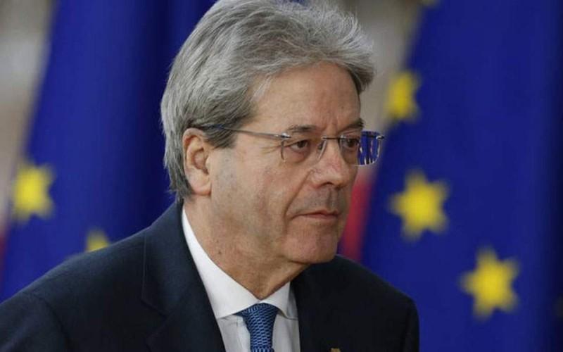 Θέμα μείωσης δημοσίου χρέους στην ευρωζώνη θέτει ο Επίτροπος Τζεντιλόνι