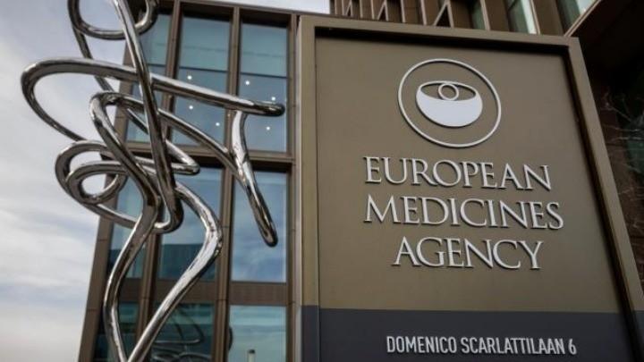 Εκτακτες συναντήσεις για το εμβόλιο της AstraZeneca