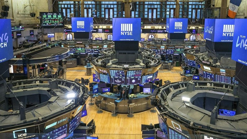 Wall Street: Άνοδος των βασικών δεικτών λόγω των θετικών στοιχείων για την απασχόληση