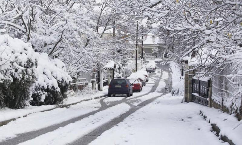 Χιόνια στην ορεινή Χαλκιδική και πτώση θερμοκρασίας