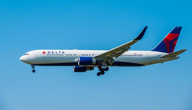 Delta Air Lines: Επιστρέφει με τρεις πτήσεις καθημερινά από ΗΠΑ προς Αθήνα