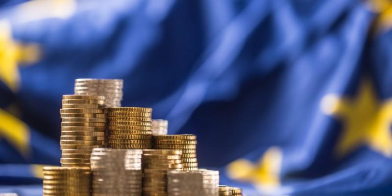 Ε.Ε:150 δισ. ευρώ θα δανείζεται ετησίως για το Ταμείο Ανάκαμψης