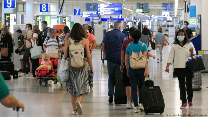 Ε.Ε: Συμφωνία για άνοιγμα τουρισμού με πιστοποιητικά covid