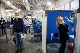 Η Ελλάδα αίρει την υποχρεωτική 7ήμερη καραντίνα για ταξιδιώτες