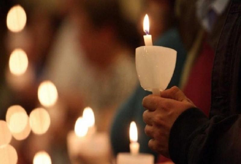 Διαρκής Ιερά Σύνοδος: Ανάσταση στις 9 το βράδυ στα προαύλια των εκκλησιών