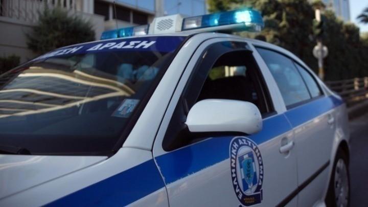 Πυροβολισμοί κατά αστυνομικών τα ξημερώματα στη Νέα Ερυθραία