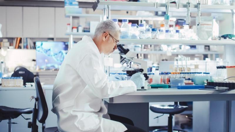 Αρχίζει στη χώρα μας η μελέτη για την αποτελεσματικότητα του ισραηλινού φαρμάκου κατά του COVID 19